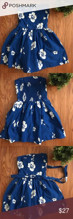 Gilly Hicks Blue Hawaiian Tube Top Strapless Dress Beautiful lined vacation dress with belt included! Stretchy back, very comfortable! In excellent used condition! Price negotiable, make me an offer! ✨don't forget to checkout my closet for a bundle deal! 🌸 ships today! 💕 Gilly Hicks Dresses Strapless