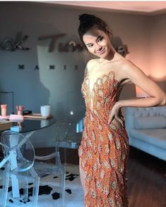 Filipino designer Mak Tumang's evening/wedding gown for Miss Universe 2018 Catriona Gray Slit Wedding Dress, Colored Wedding Dresses, Grey Fashion, Star Fashion, Mak Tumang Gowns, Miss Universe Dresses, Modern Filipiniana Gown, Orange Gown, Gown With Slit