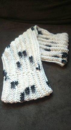 Camel stitch crochet cowl