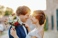 Scheunenhochzeit in Rot und Blau | Hochzeitsblog The Little Wedding Corner