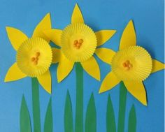 Mini Cupcake Daffodils. Made with mini cupcake liners, cardstock paper and beans.