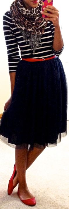 This is another midi skirt that I could/would love - see with hips you can't be doing all of this pencil skirt stuff.