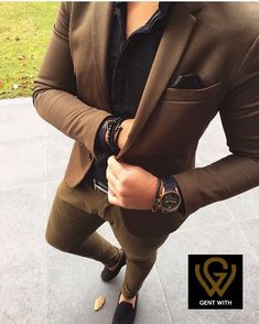 The Upside to Ideas Fitness Fashion Menswear The Hidden Facts on Ideas Fitness Fashion Menswear Ensure you to try your suit and continue around a bit to make sure the fit is ideal. Stylish Men, Men Casual, Smart Casual, Blazer Outfits Men, Casual Outfits, Mode Man, Mode Costume, Designer Suits For Men, Herren Outfit