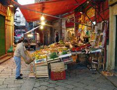 One of the colourful market of Palermo: la Vucciria http://www.dreamsicilyvillas.com/guide/sicilian-cities/palermo/