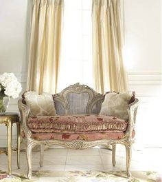 vintage French furniture for-the-home French Furniture, Shabby Chic Furniture, Vintage Furniture, Salon Furniture, Furniture Styles, Furniture Ideas, Modern Furniture, French Interior, French Decor