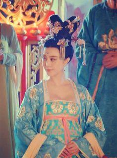 Fan Bingbing in 'Empress of China'. Traditional Chinese, Chinese Style, Traditional Outfits, Japanese Beauty, Asian Beauty, Asian Fashion, Chinese Fashion, Photo Splash, The Empress Of China