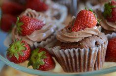 Nutella Erdbeer Cupcakes - Mjam! Das Prunkstück für jeden Brunch.....