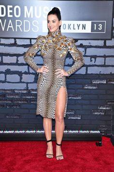 Katy Perry Hot, Katy Perry Pictures, Female Singers, Beautiful Celebrities, Beautiful Ladies, Mtv, Peplum Dress, Celebs, Women