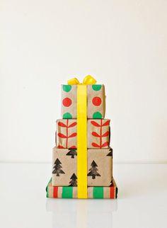 Une tour de cadeau pour un emballage original en DIY