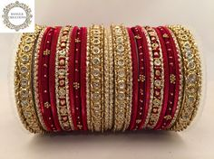 Bangle set at £8 only! Gorgeous set including metal, fabric and glitter details   📦 Free P&P within the 🇬🇧