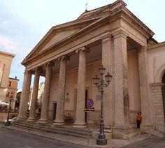 Isernia: Cattedrale SS. Pietro e Paolo