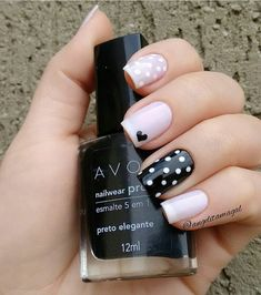 New Collections of Best Valentine's Day Nail Art Design Heart shape always plays an important role in nail art designs. When you have a nail art ideas Nail Art Rosa, Red Nail Art, Stylish Nails, Trendy Nails, Toe Nails, Pink Nails, Stiletto Nails, Nail Art Designs, Nagellack Design