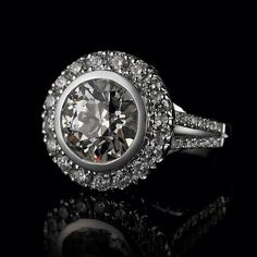 Engagement Ring... #unique #wedding #love #engagementring #accessories #diamonds