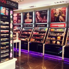 Look Farmacity Buenos Aires make up store - Loja de maquiagens da rede Farmacity em Buenos Aires, o Look.