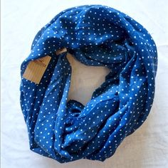 Hollister Pretty Summer scarf Hollister infinity scarf, navy blue with white polka dots, new with tags Hollister Accessories Scarves & Wraps