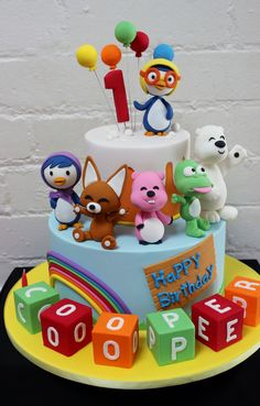Pororo the little penguin cake Cartoon Cookie, Penguin Cakes, Baby Birthday Cakes, Fondant Animals, Bakery Cakes, Backdrops For Parties, Cake Tutorial, Cute Cakes, Party Cakes
