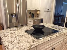 Kitchen Tops, Facebook, Home Decor, Decoration Home, Room Decor, Kitchen Desks, Home Interior Design, Home Decoration, Interior Design