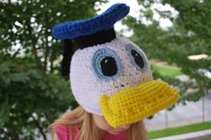 Donald Duck inspired Hat.  Tiff have a baby so I can make something like this for him <3