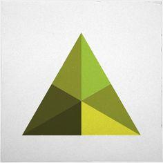 #126 Pyramid – A new minimal geometric composition each day