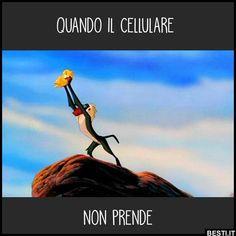 Funny Chat, Wtf Funny, Funny Memes, Camera Wallpaper, Italian Memes, English Memes, Disney Marvel, Getting Bored, Cute Illustration