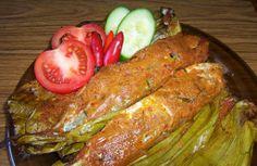 "Resep Pepes Ikan Kembung - Resep Masakan kali ini masih membahas tentang masakan khas sunda yaitu berupa Olahan Pepes, Pada Menu Sebelumnya yaitu ""Resep Pepes Ayam""  Hanya Berbeda pada bahan dasarnya saja yaitu Ikan Laut (Kembung), olahan ini sangat mirip dengan pepes ayam yang diolah dengan cara dikukus jadi sangat minim penggunaan minyak goreng , jadi hidangan ini sangat Praktis dan Sehat . Penasaran? berikut ulasan Resep Pepes Ikan Kembung  Selengkapnya :"