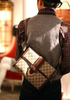 The Very Popular Gucci Handbags - BagBagg Gucci Purses, Gucci Handbags, Luxury Handbags, Gucci Gucci, Gucci Bags, Vintage Paris, Vintage Gucci, My Bags, Purses And Bags