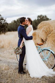 La boda en Finca Aldeallana de Noelia y Nacho - Ella se viste de blanco