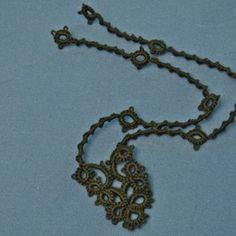 girocollo - schema e istruzioni - Needle Tatting A Necklace