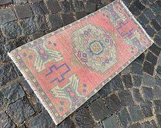 Turkish rug Vintage rug Handmade rug Oushak rug by DRNRUGS Boho Decor, Bohemian Rug, Soft Rugs, Decorative Rugs, Entryway Rug, Geometric Rug, Small Rugs, Hand Knotted Rugs, Handmade Rugs