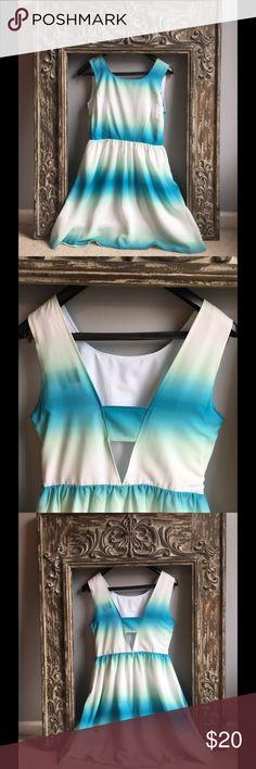 NWT Altar'd State ombré dress❤️❤️❤️ NWT ombré dress with cute v back detail Altar'd State Dresses Midi