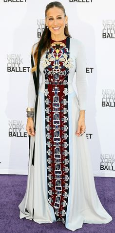 Sarah Jessica Parker made a major statement at the New York City Ballet 2014 Fall Gala in an exquisitely embroidered Mary Katrantzou masterpiece, styled simply with her usual stack of bracelets and a set of diamond drop earrings.