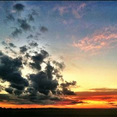 Western North Dakota sunset - it's amazing, and we take it fro granted sometimes.