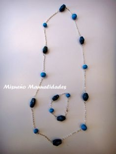 Conjunto de collar y pulsera con piedras imitación turquesa de Fimo basado en el tutorial de MissiClaus en Youtube.  www.misuenyo.com / www.misuenyo.es
