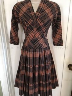 1950s Brown & Black Plaid Cotton V Neck Dress w/ Pleated Skirt TLC AS IS XS