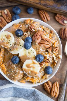 Sweet potato porridge with chia seeds, almond milk, pure maple syrup, banana, Sweet Potato Breakfast, Breakfast Bowls, Breakfast Recipes, Breakfast Porridge, Figs Breakfast, Mexican Breakfast, Breakfast Potatoes, Breakfast Sandwiches, Breakfast Pizza