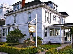 Weller House Inn, Fort Bragg, California currently sleeping here!!