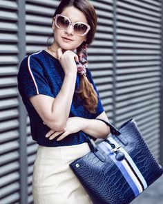 Here is a little trick for Bad Hair Days. #longchamp #ss17 #fashion  http://www.longchamppliage.com/ - LongChamp Sale - Google+