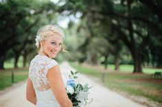 Charleston Bridal Portraits at Boone Hall Plantation by Anne Rhett Photography #lowcountry #charleston #weddings