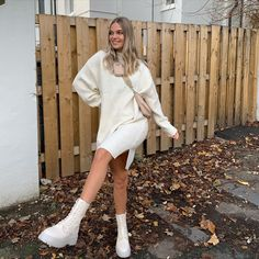 Winter Boots Outfits, Winter Fashion Outfits, Autumn Winter Fashion, Trendy Fashion, Autumn Style, Fall Fashion, Cream Boots, Cute Gym Outfits, Everyday Outfits