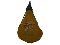 Bota de vino de piel de ternera con interior de latex, personalizada con bordado