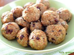 These are yummy served on their own or with a dipping sauce of your choice. My kids LOVED them Turkey, Cranberry and Bulgur Wheat Bites Makes 24 Bites Ingredients 450g of turkey mince 1/2 cup of bu…