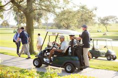 President Obama crashes couple's golf course wedding in San Diego | Funmy Kemmy's Blog for Global News and Updates around the World