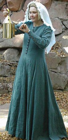 Medieval dress (14th century)  kirtle with waist seam and deep pleats(?)