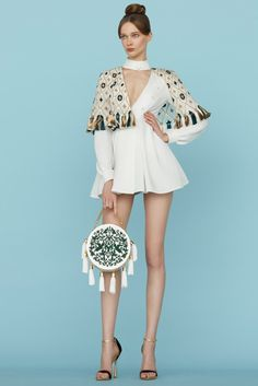 Ulyana Sergeenko 2015 Couture İlkbahar Koleksiyonu - Kafkas folklorik unsurları içeren tasarımları ile Ulyana Sergeenko 2015 Couture ilkbahar yaz Koleksiyonu...