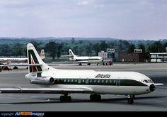 Alitalia Sud Aviation Caravelle VI-N Sud Aviation, Civil Aviation, Tupolev Tu 144, British Aerospace, Gatwick Airport, Boeing 707, Airport Photos, Air Festival, Aircraft Design