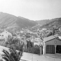 - Grace Avenue and Whitley Avenue Hollywood Homes, Old Hollywood, Make Way, City Of Angels, Hollywood Celebrities, Old Photos, The Neighbourhood, California, Community