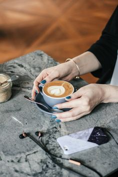Check out these 7 cafes Singapore locals love http://townske.com/guide/10406/coffee-cafes