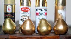 decoração em dourado - pintando as perinhas plásticas