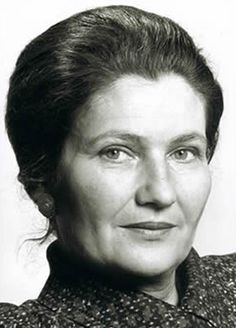 Simone Veil, a Great Lady Simone Veil, Council Of Europe, Women In History, Wedding Hair Accessories, Ladies Day, Old Women, Amazing Women, Persona, Black And White