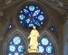 Besuch der Sagrada Familia - die ewige Baustelle im Herzen Barcelonas Barcelona mit http://vonortzuort.reisen entdecken